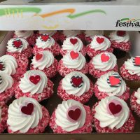 cupcakes-2-e1550087020209.jpg
